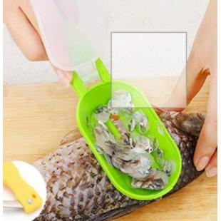 Fish Scraping Scale With Knife Creative Multipurpose Home Novel